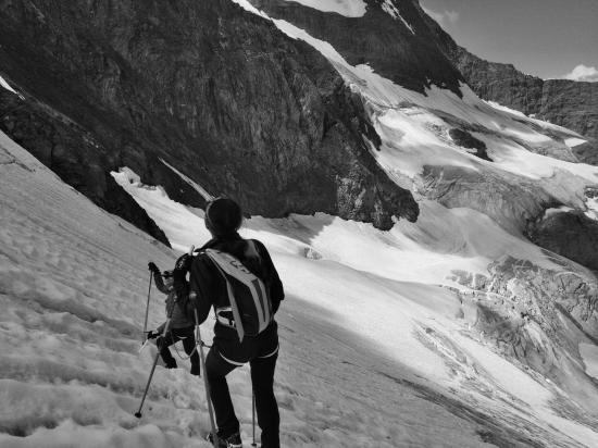 descente sur le glacier de la petite Ciamarella